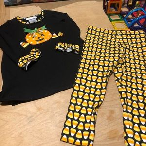 EUC Halloween Bonnie Baby Tunic & Leggings art